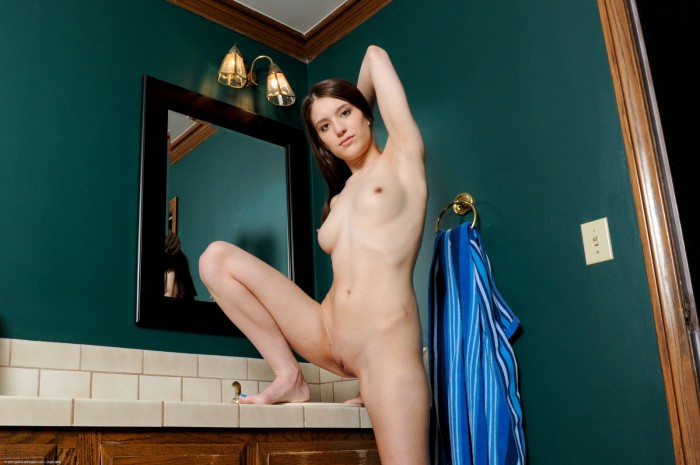 Zarena Summers Naked